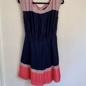 AEO Navy and Pink Pleated Dress